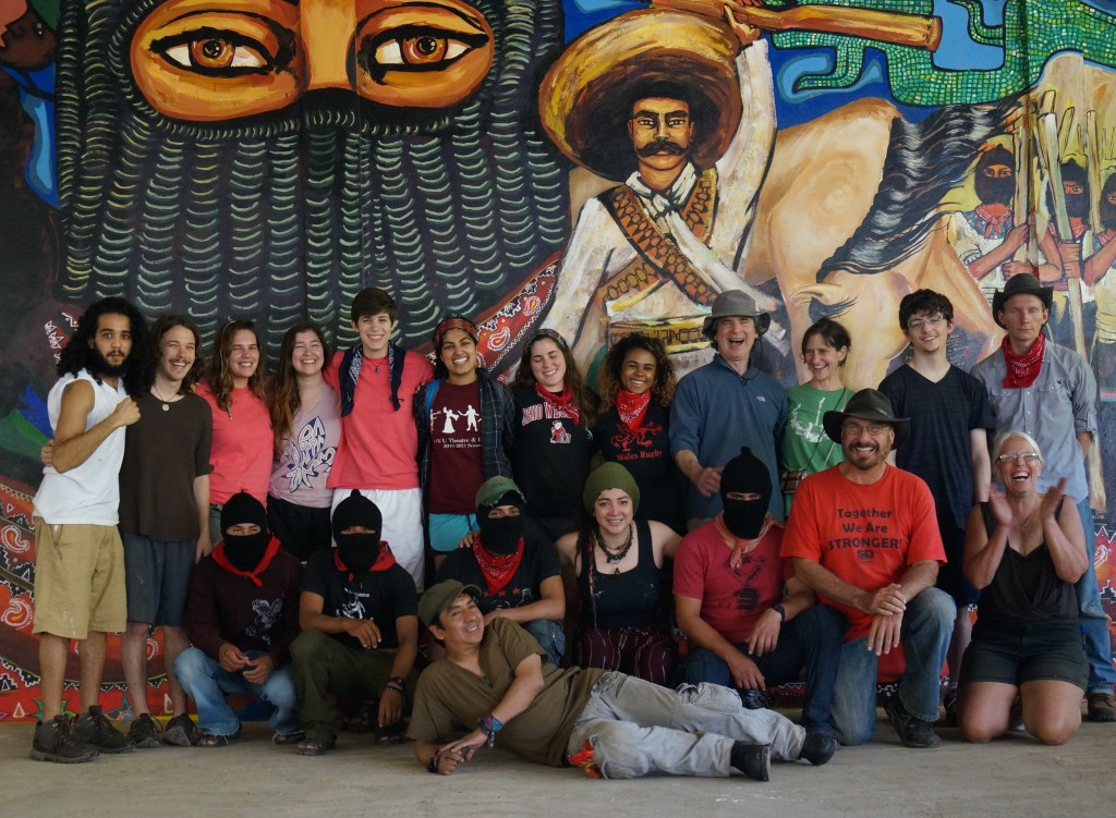 Mural painting and art workshop delegations schools for for Mural zapatista