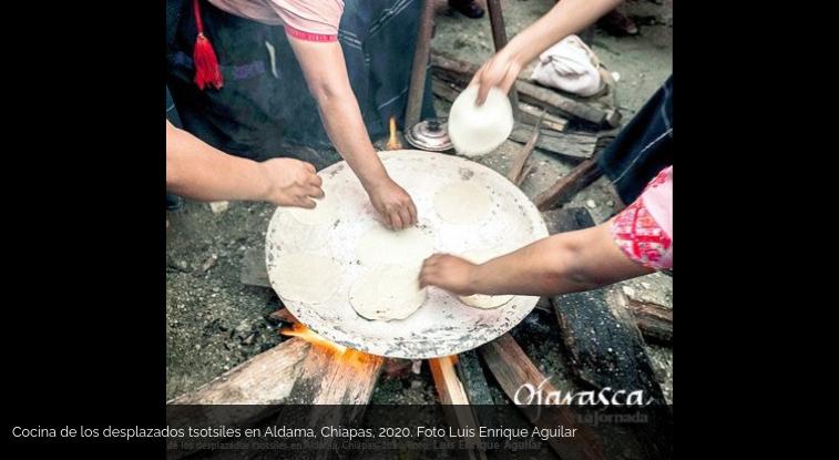 Kitchen of displaced Tsotsiles in Aldama. Photo : Luis Enrique Aguilar